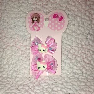 Other - NWOT‼️Toddler Girl Hello Kitty Hair Clips